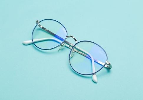 Nieuwe brillenglazen gezocht? Bestel ze bij Glazoo!